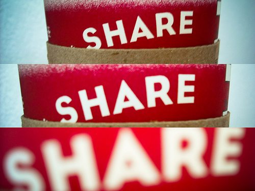 Is it Better to Share on Google+, Facebook or Twitter? - Jeffbullas's ...: www.jeffbullas.com/2011/07/18/is-it-better-to-share-on-google...