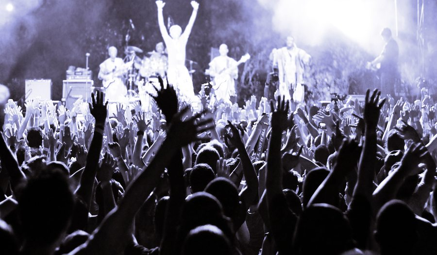 7 Steps to Becoming a Rockstar at Social Media