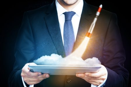A 10-Step Checklist to Launch a SaaS Business With a Bang