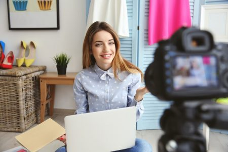 Why Live Videos On Social Media Are A Game-Changer for Marketers