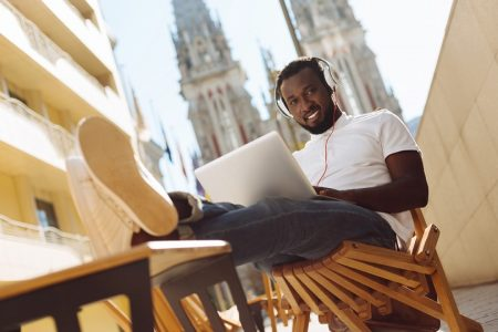 7 Ways to Turn Your Passion Into a Side Hustle