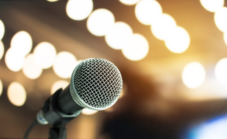 9 Expert Public Speaking Tips For Business Growth and Success